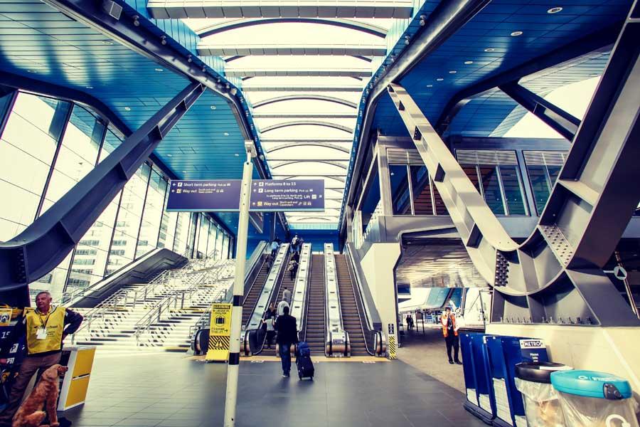Reading station