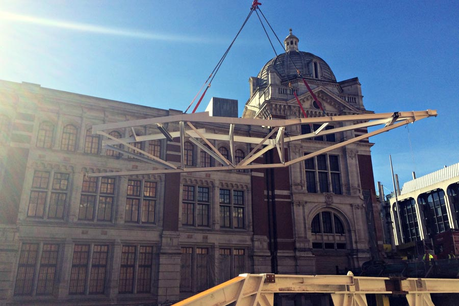 01-Oct-2015: Steelwork installation continues apace at the V&A Museum